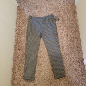 NWT Pinstripe Capri Slim Leg Dress Pants